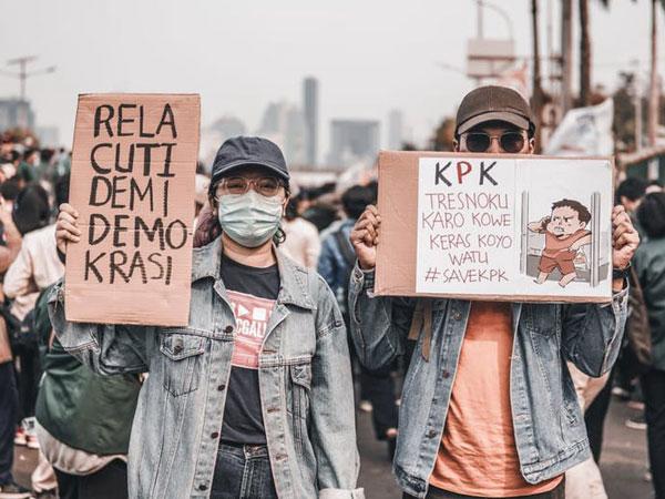 Bantah Ada yang Mengorganisir, Mahasiswa Kumpulkan Pemohon Uji Materi UU KPK Lewat Instagram Story