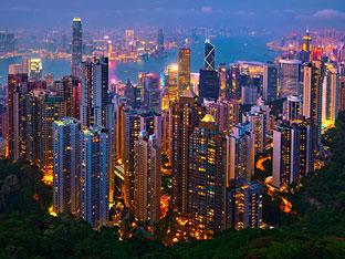 Menikmati Indahnya 'City Lights' Hongkong di 3 Tempat Terbaik Ini!