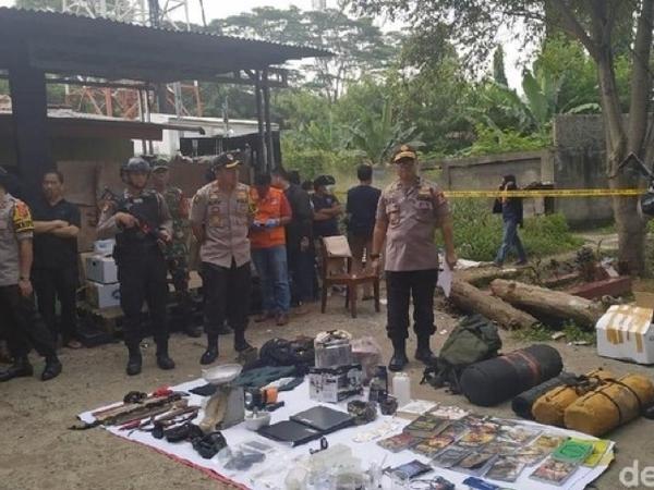Temuan Mengejutkan di Rumah Terduga Teroris Bogor, Ada Bom Siap Ledak