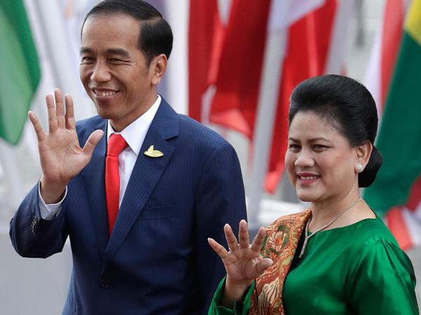 Tampilan Sederhana Tapi Elegan ala Iriana Jokowi di KTT G20