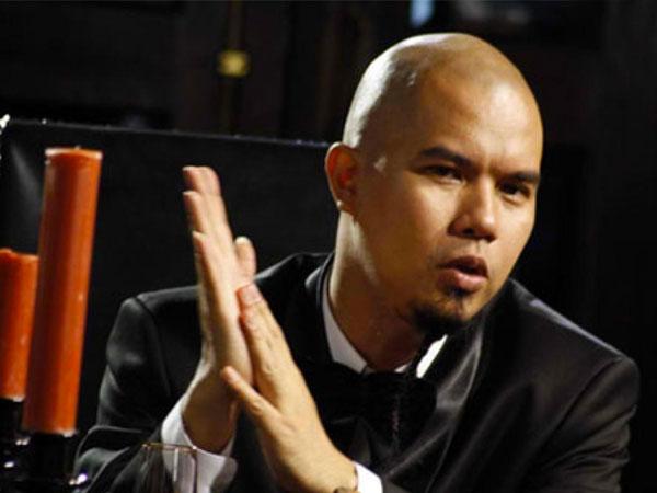Netizen Sindir Ahmad Dhani Karena Jual Kaos 'Islam 212'