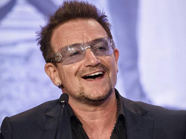 Duh, Pintu Pesawat Pribadi Bono U2 Terlepas di Tengah Penerbangan!