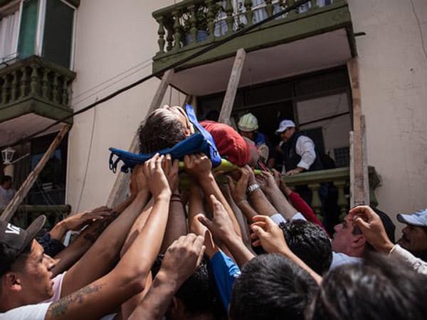 Pemandangan Hancur Lebur Efek Gempa 7,1 di Puebla, Meksiko