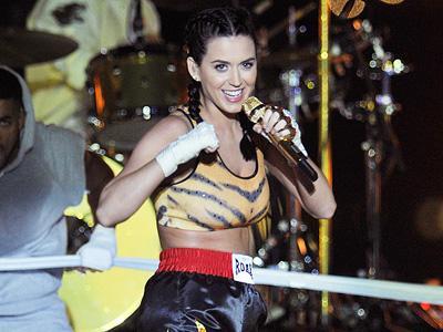 Wah, Katy Perry Ternyata Punya 'Musuh' di Album 'Prism'!