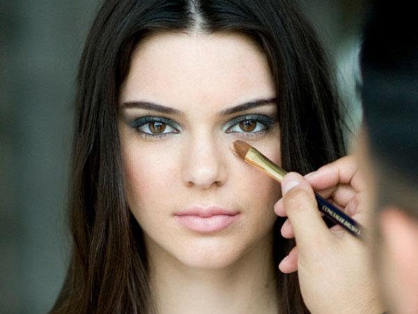 Kendall Jenner Terpilih Jadi Model Terbaru Estee Lauder!