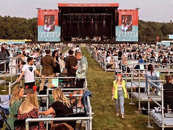 Inovasi Konser Saat Pandemi, Inggris Perdana Gelar Konser Social Distancing