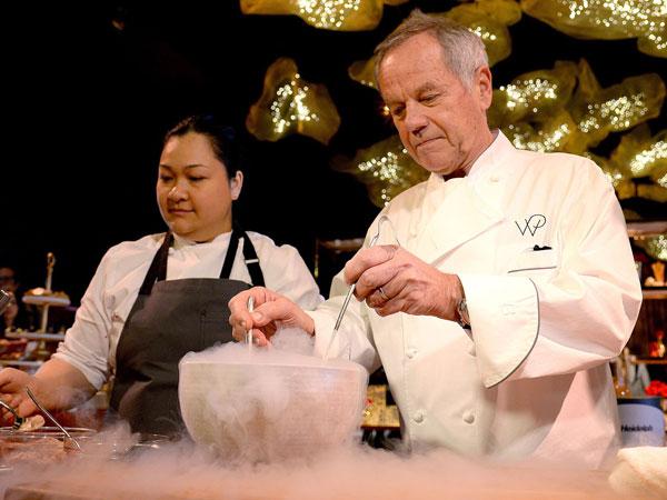 Jadi Chef Selama 23 Tahun, Ini Persiapan Wolfgang Puck untuk Hidangan After Party Oscar 2017