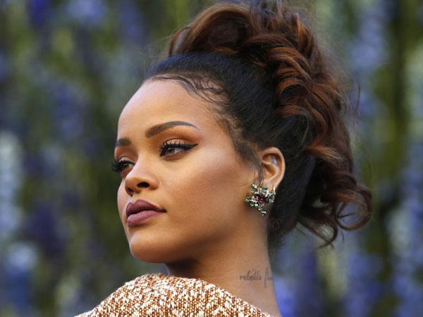 Rihanna Blak-Blakan 'Numpang' Curhat di Instagram Soal Kesalnya Pada Ads Snapchat