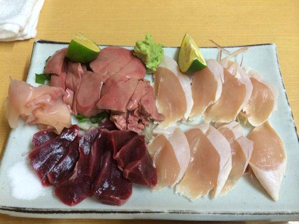 Mulai Dilirik, Inilah Sashimi Ayam yang Siap Tandingi Kepopuleran Sashimi Ikan