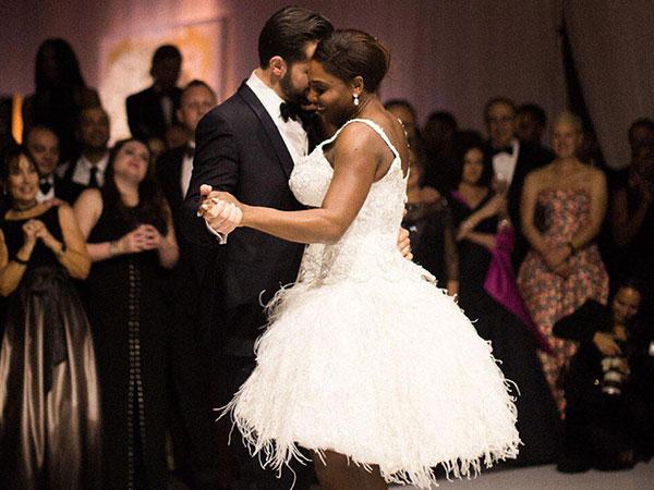 Tengok 3 Gaun Pernikahan Ratu Tenis Serena Williams yang Sangat Menawan