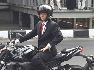 Adakah Alasan Mengapa Stuntman Jokowi di #OpeningCeremonyAsianGames2018 Harus dari Thailand?