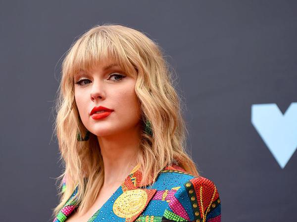 Konflik dengan Label hingga Dicekal Nyanyikan Lagunya Sendiri, Taylor Swift Minta Bantuan Fans