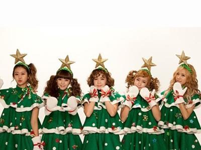 Duh, Crayon Pop Kembali Dituduh Lakukan Plagiat Atas Kostum Natalnya!