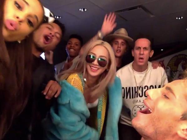 CL 2NE1 Akrab Bareng Justin Bieber dan Ariana Grande di Video Lipsync Carly Rae Jepsen!