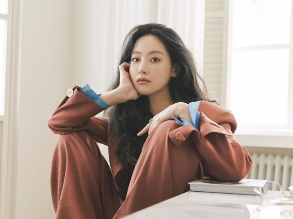 SidusHQ Klarifikasi Kabar Oh Yeon Seo Akan Tinggalkan Agensi