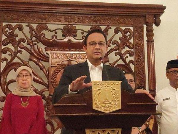 Perpanjang Status Tanggap Darurat, Gubernur Anies: Jangan Pulang Kampung!