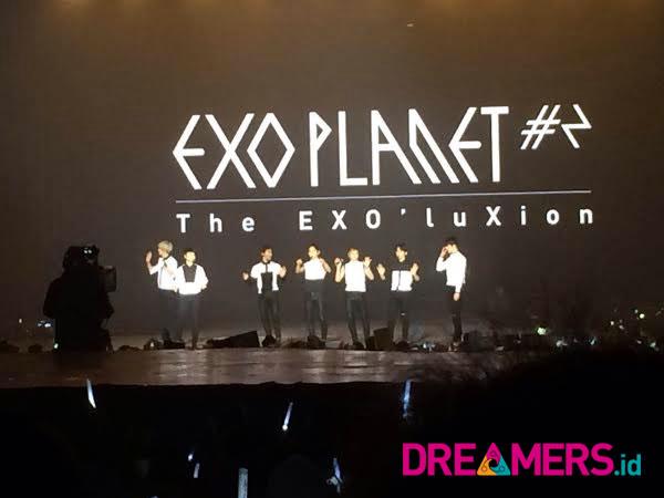 Gelar Konser Solo Kedua, Ini Sapaan EXO yang Buat Histeris Penggemar di Indonesia!
