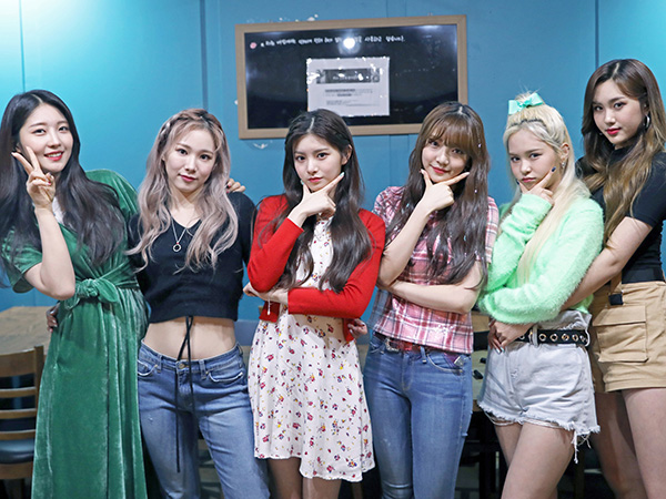 65girl-group-everglow.jpg