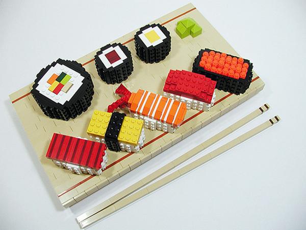 Yuk, Lihat Karya Seni LEGO Yang Dibentuk Jadi Makanan!