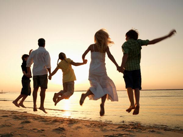 Lebih Seru, Coba Tips Hemat Pergi Liburan Bersama Keluarga Tercinta