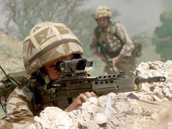 Dari Jarak 800 Meter, Sniper AS Bunuh 5 Anggota ISIS Hanya Dengan 3 Peluru