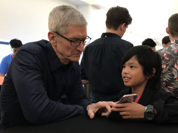 Bocah 10 Tahun Asal Indonesia Ini Pukau CEO Apple dengan Aplikasi Buatannya