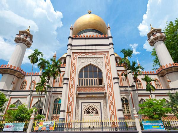 Megahnya Masjid Sultan yang Ikonik di Singapura
