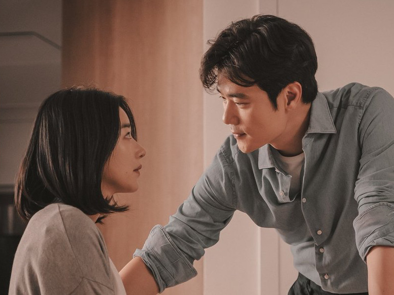 Seo Ye Ji dan Kim Kang Woo Bicara Soal Chemistry Sebagai Suami Istri