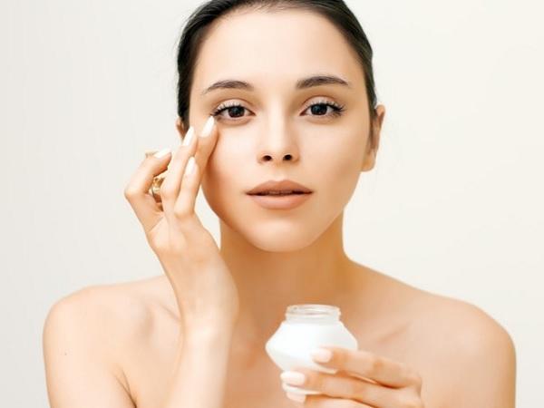4 Kesalahan dalam Pemakaian Skincare untuk Kulit Berjerawat