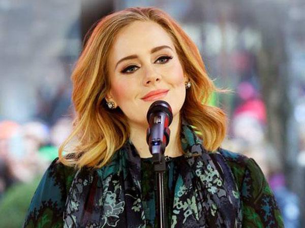 Adele Dinobatkan Jadi Penyanyi Paling Bersinar di 2012