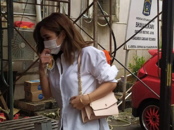 Gisel Datangi Polda Metro Jaya Penuhi Pemeriksaan Video Syur