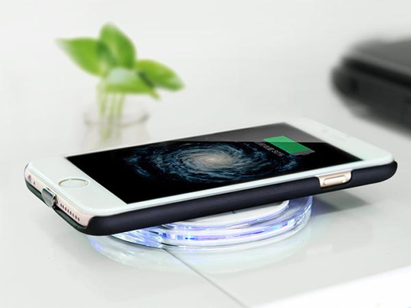 Ikuti Jejak Samsung, Apple Akan Terapkan Wireless Charger Perdana di iPhone 7