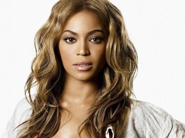 Beyonce Knowles Dikabarkan Sudah Lahirkan Anak Kembarnya