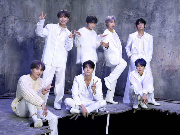 BTS Puncaki Chart Pertengahan Tahun Gaon dengan 4,2 Juta Album Terjual