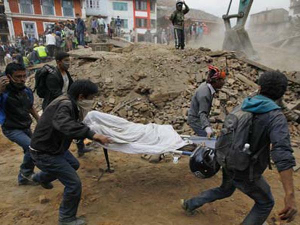 Korban Tewas Gempa Nepal Capai 5.037, 11 Ribu Luka