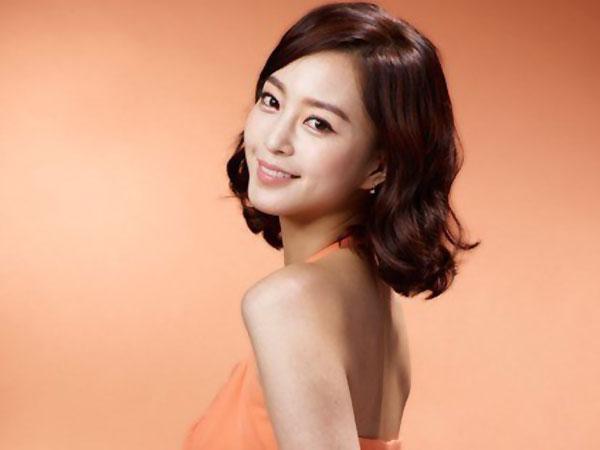 Pasca 'Kabur' dari Proyek Drama, Han Ye Seul Akhirnya Konfirmasi Proyek Terbaru!