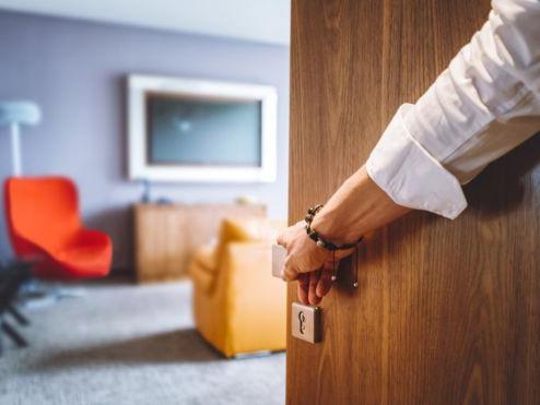Hotel Ini Tawarkan 'Teman Spesial' Agar Tamunya Tidak Merasa Kesepian