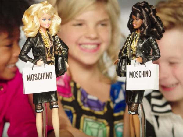 Wah, Barbie Tampilkan Bocah Laki-laki dalam Iklan untuk Pertama Kalinya!