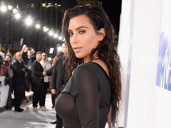 Sempat Ragu dan Berbebat, Perampok Kim Kardashian di Paris Komplotan Amatir?