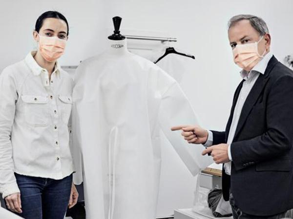 Pandemi Virus Corona, Louis Vuitton hingga Prada Produksi APD dan Masker