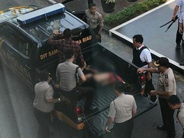 Viral Foto-foto Terduga Teroris yang Ditembak Mati dan Kondisi Terkini di Mapolda Riau