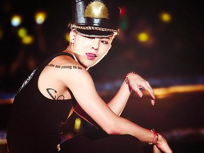 Wow, Jajaran Staf Profesional dari Seluruh Dunia Akan Produksi World Tour G-Dragon!