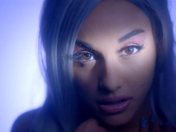 Batalkan Penampilan, Ariana Grande Disebut Penyanyi Malas