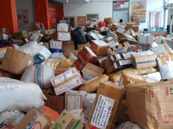 Penyebab Terhambatnya Bantuan dan Menumpuk Berserakan di Pos Pengiriman Gempa Lombok