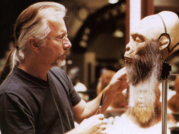 Rick Baker, Legenda 'Pembuat Monster' Hollywood Pemenang 7 Kali Oscars Umumkan Pensiun