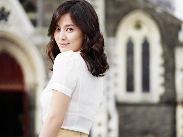 Akting Sebagai Ibu, Song Hye Kyo Masih Belum Mau di Panggil 'Ahjumma' ?