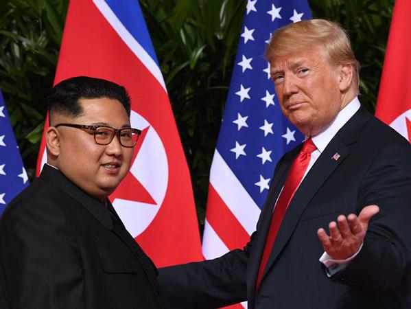 Trump Dapat Surat 'Menakjubkan' dari Kim Jong Un, Ada Peluang Pertemuan Kembali?