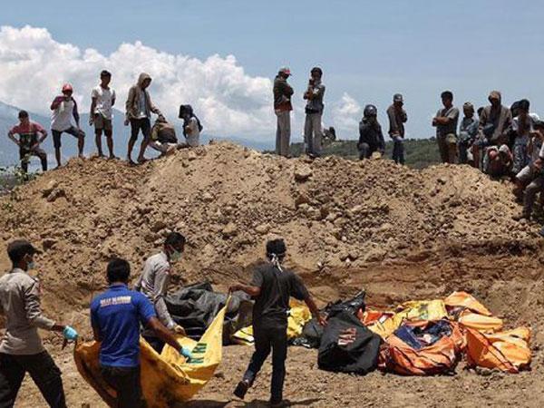 Yang Disiapkan untuk Pemakaman Massal Korban Meninggal Dunia Gempa-Tsunami Palu