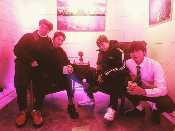 Postingan Zico Bareng Member Block B Bikin Fans Baper