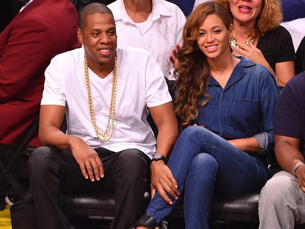 Dirumorkan Cerai, Beyonce dan Jay-Z Lakukan Sumpah Pernikahan Ulang